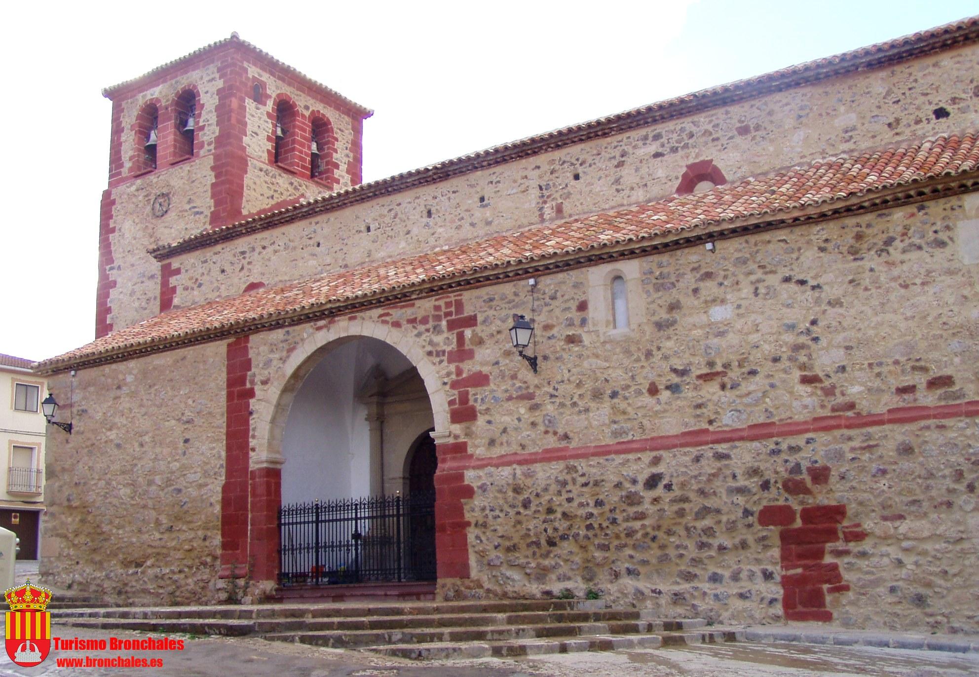 Imagen de La iglesia parroquial de Bronchales
